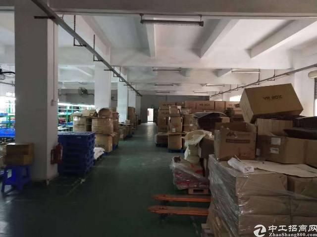 坪地富地岗高速路口边标准厂房1500平米出租!带精装修办公室