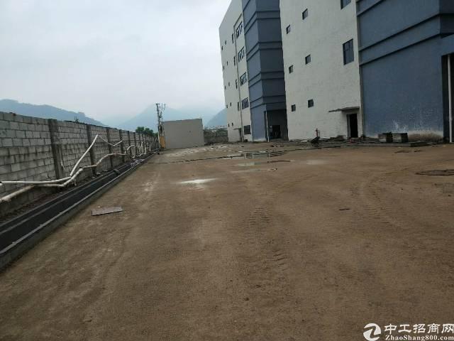 龙岗原房东厂房12700平实际面积,可分租