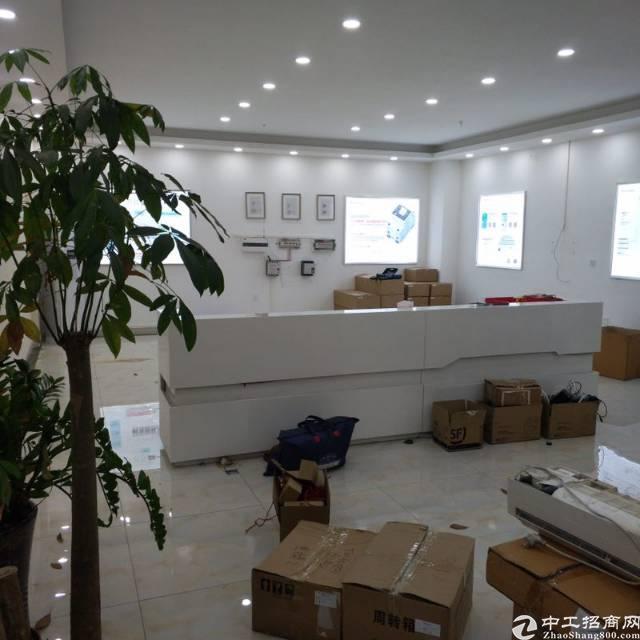 西丽环保产业园楼上整层1200平米厂房精装修可做办公研发