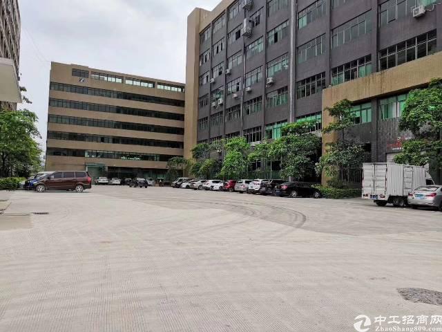 公明楼上2300平方带装修厂房招租
