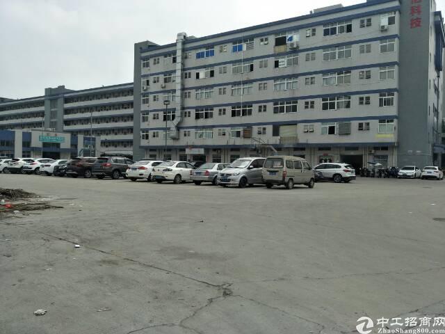 沙井和一工业区独栋厂房出租3楼900平带装修