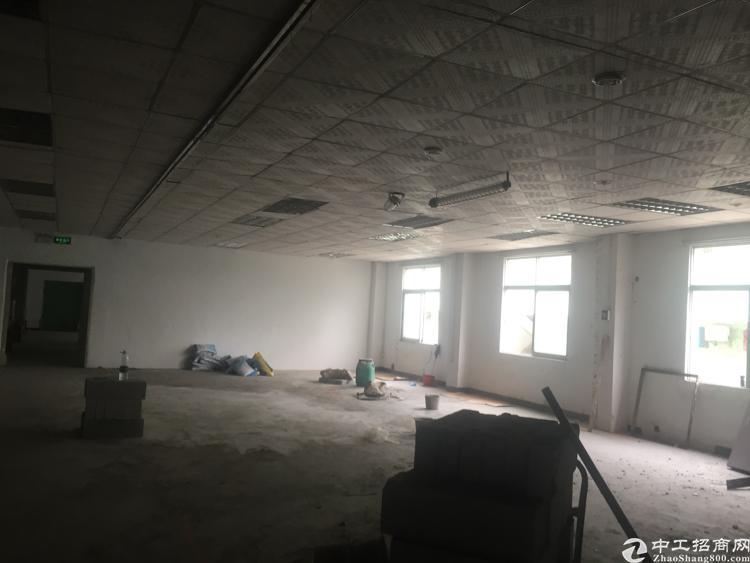 坪山坑梓产业园新出二楼500平厂房原房东合同期长5加10年