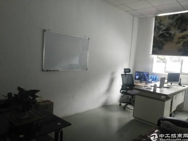 福永一楼750平带航吊做注塑设备有二个办公室