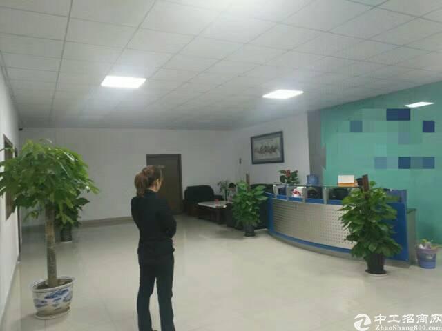 宝安大道边福永地铁站新出三楼1800平方带装修厂房