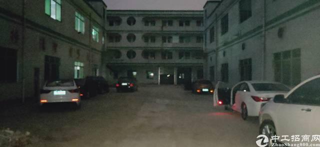 福永独院厂房一楼1500平米整层大小分租
