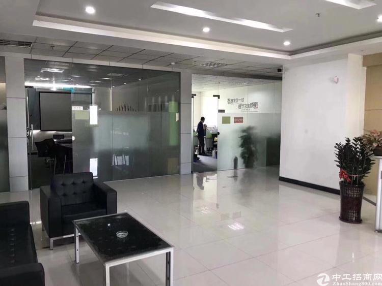 出租沙井镇大王山工业区楼上整层2000平米精装修