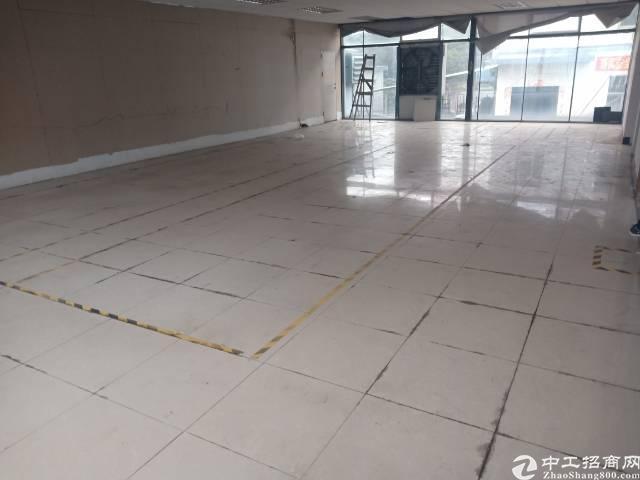 观澜新出盘源,楼上,500方,适合办公,仓库,轻加工。