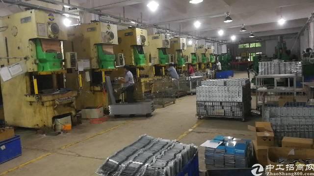 平湖山厦村杉坑工业区新出2楼1500平方厂房招租