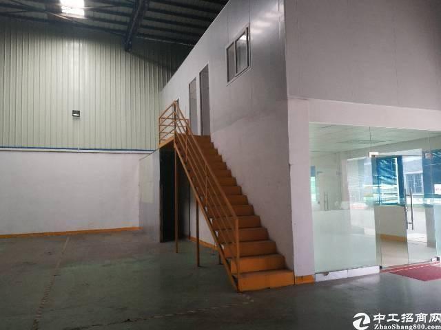 福永大型工业园单一层1000平方带装修厂房出租。