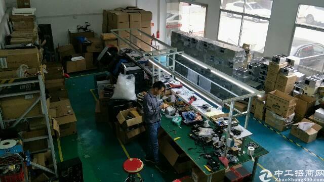 平湖华南城客户转租小独院260平米,适合做办公仓库