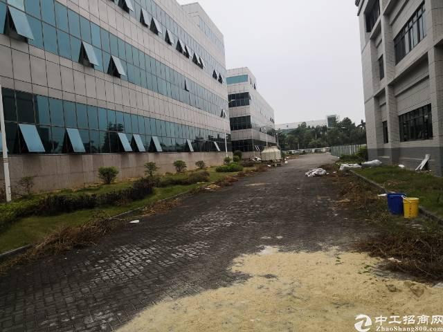 东莞黄江重型机械厂房出租高度10,有红本,双证双权