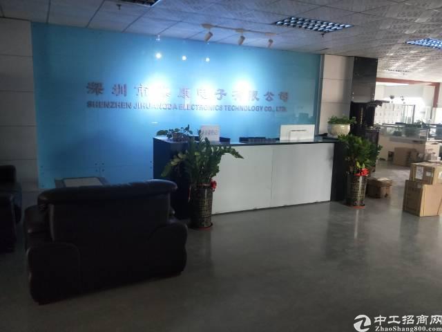 福永地铁口楼上精装厂房800平全新装修无转让费出租