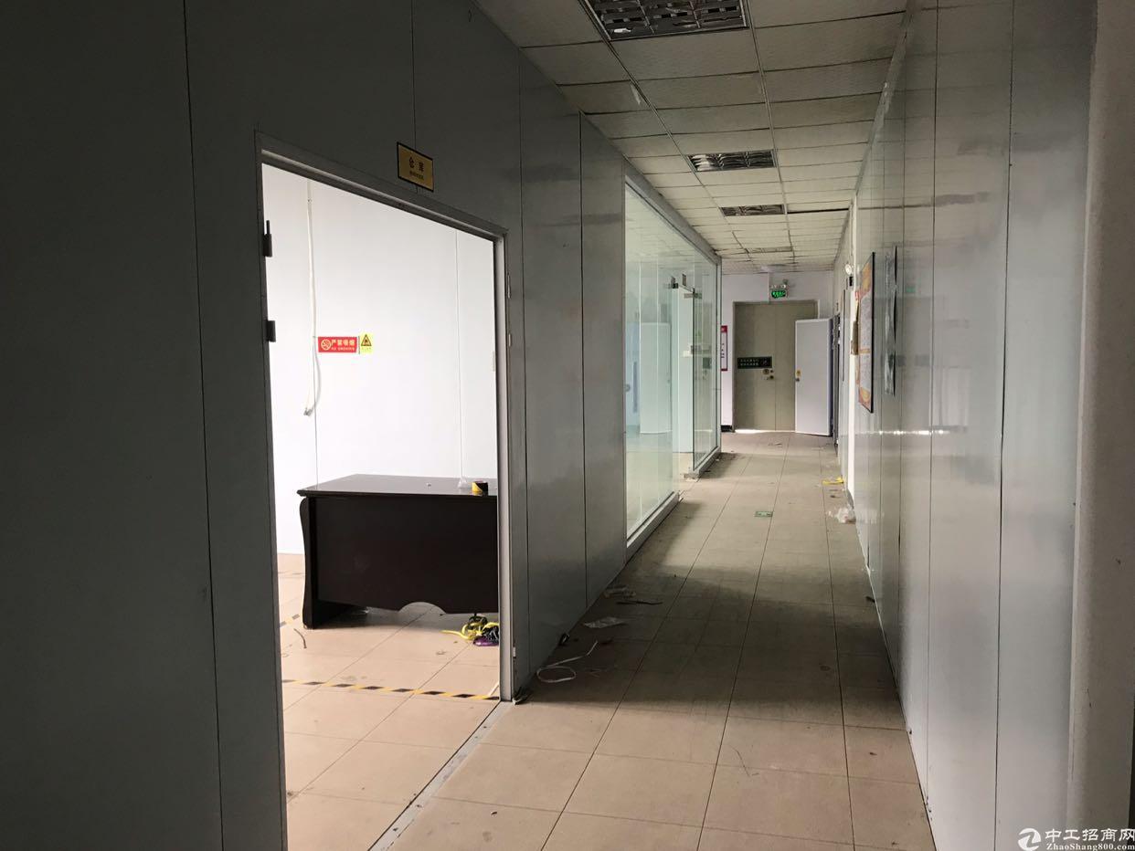 观澜章阁楼上1200平方原房东厂房带装修出租