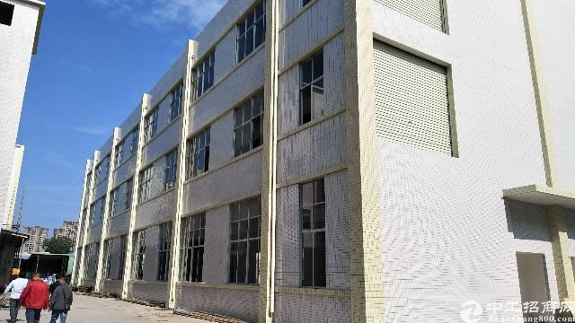 大型工业园内全新独栋厂房出租