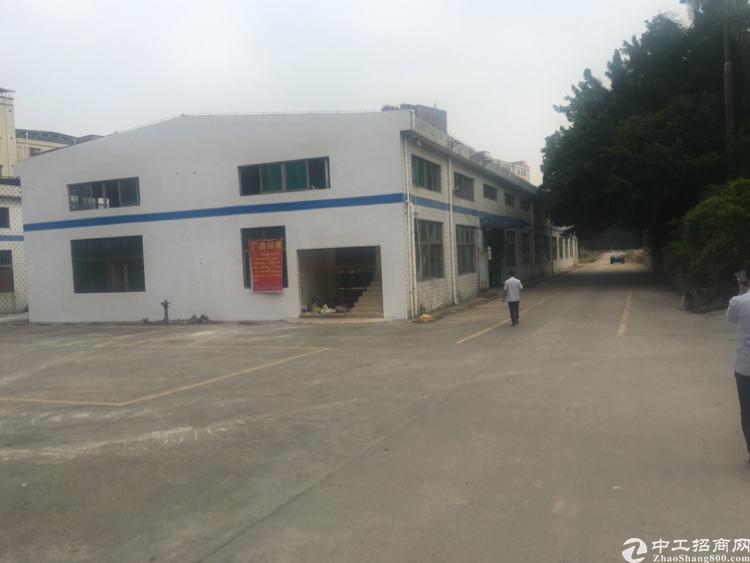 观澜新出独门独院钢构厂房,3000平有红本有牛角,空地1万平