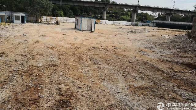 平湖高速口附近新出空地约6500㎡可做充电桩