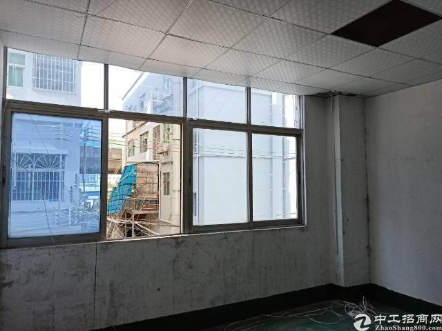 公明根竹园新出二楼450平方打包价8000元