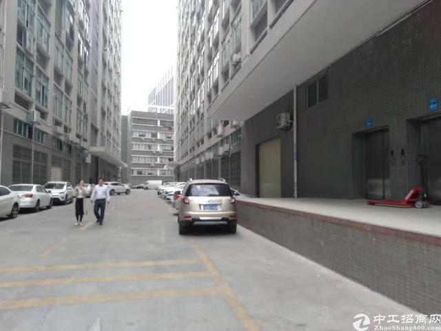 石岩水田高新园区新出楼上带装修1800平方厂房招租