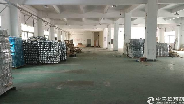 龙岗爱联工业区一楼厂房1560平米高5米