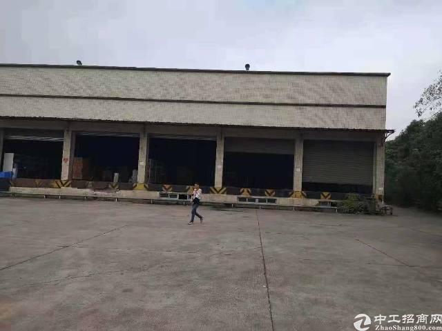福永高速口新出标准物流仓库带卸货平台,实际面积出租1-2楼约