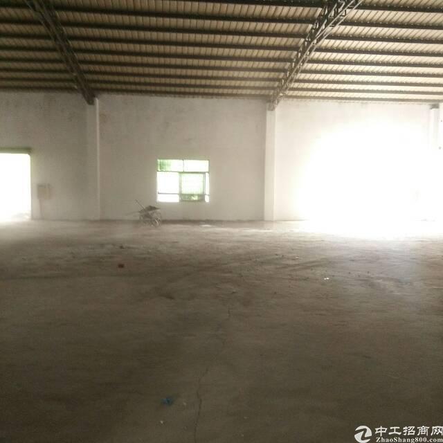 坪地新出小独院1000平米钢结构到顶7米厂房出租