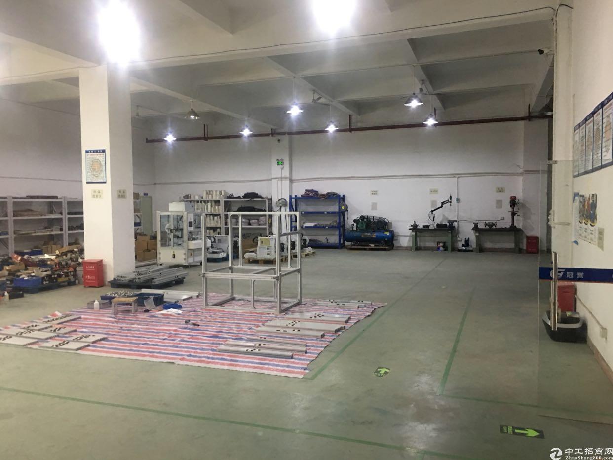 福永塘尾新出一楼800靠宝安大道,有装修有地坪漆,