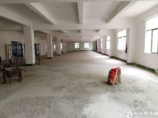 宝安固戍地铁站1公里,200平米起办公室出租