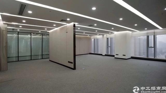 汉街总部中北核心高区房型正正对电梯地铁直达