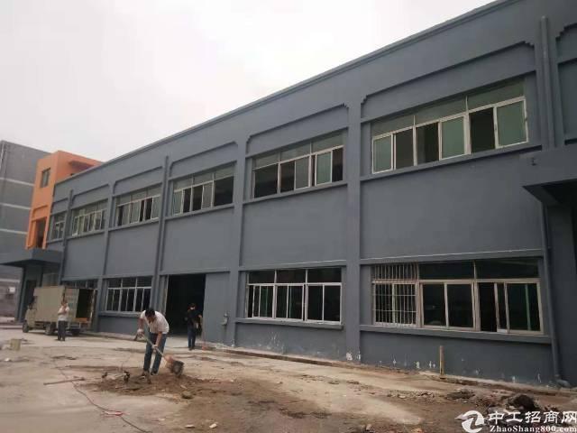 光明新区独栋2800平方红本厂房招租