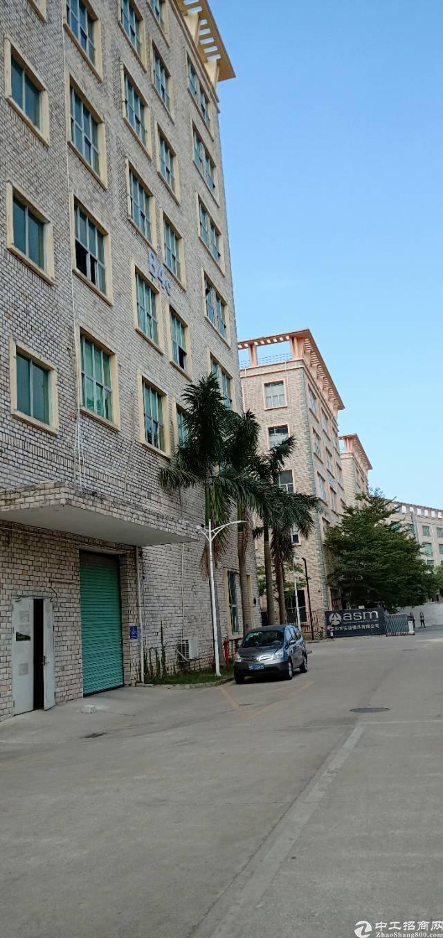 坪山坑梓成熟工业园红本厂房一楼2750平米出租,有现成行车