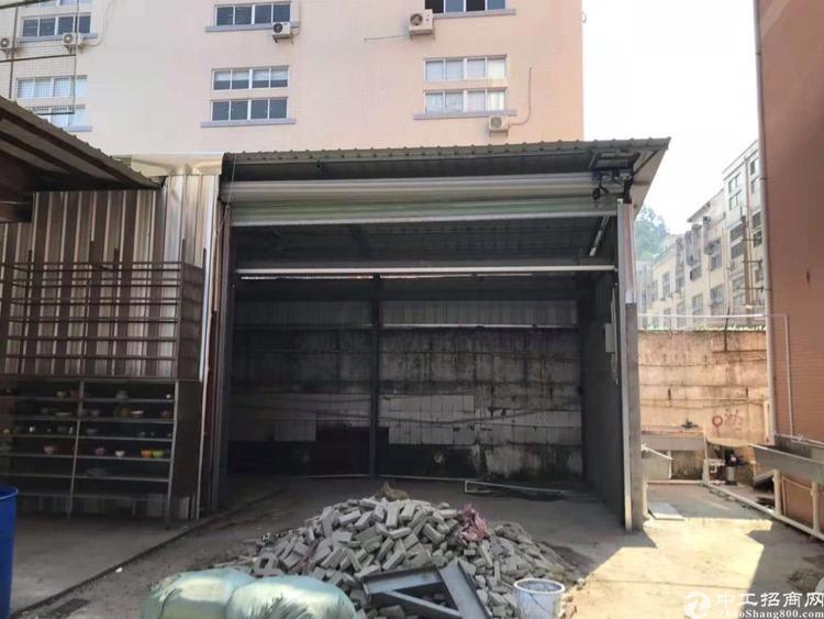 凤岗镇新出厂房一楼150平带航车