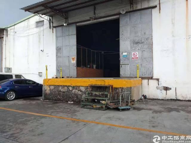 坂田杨美地铁站附近新出一楼钢构厂房出租可分租