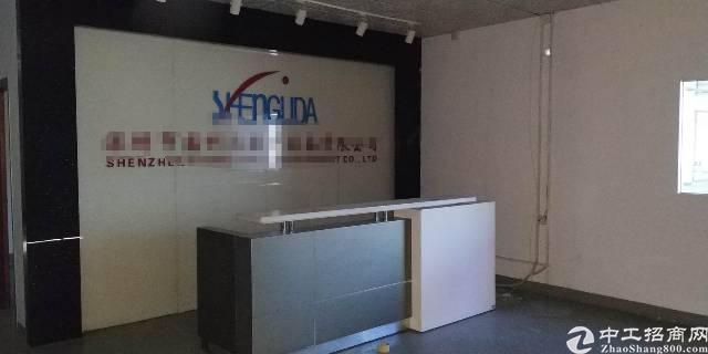 光明李松蓢独院出租一楼2000平带前台办公室装修!