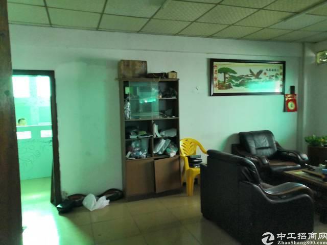 福永地铁口附近650平米整层带装修厂房出租