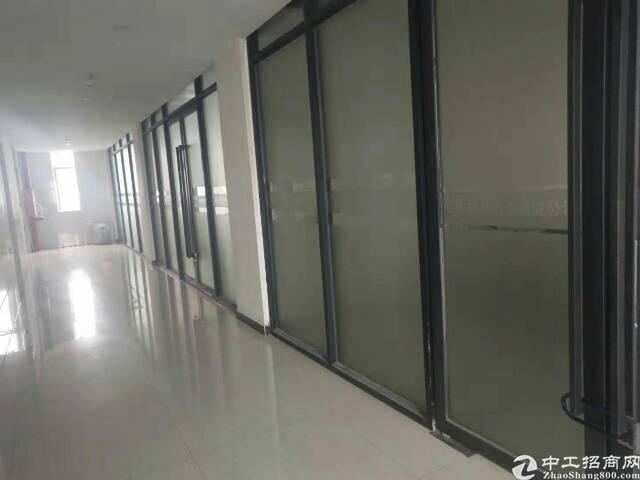 虎门镇龙眼路口附近带现成装修厂房450平米,租金5000块