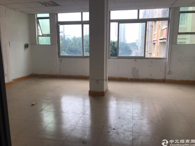 西乡精装修厂房600平适合加工仓库电子生产