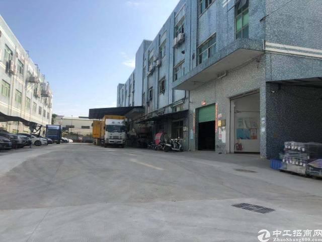 长圳长凤路边一楼厂房出租