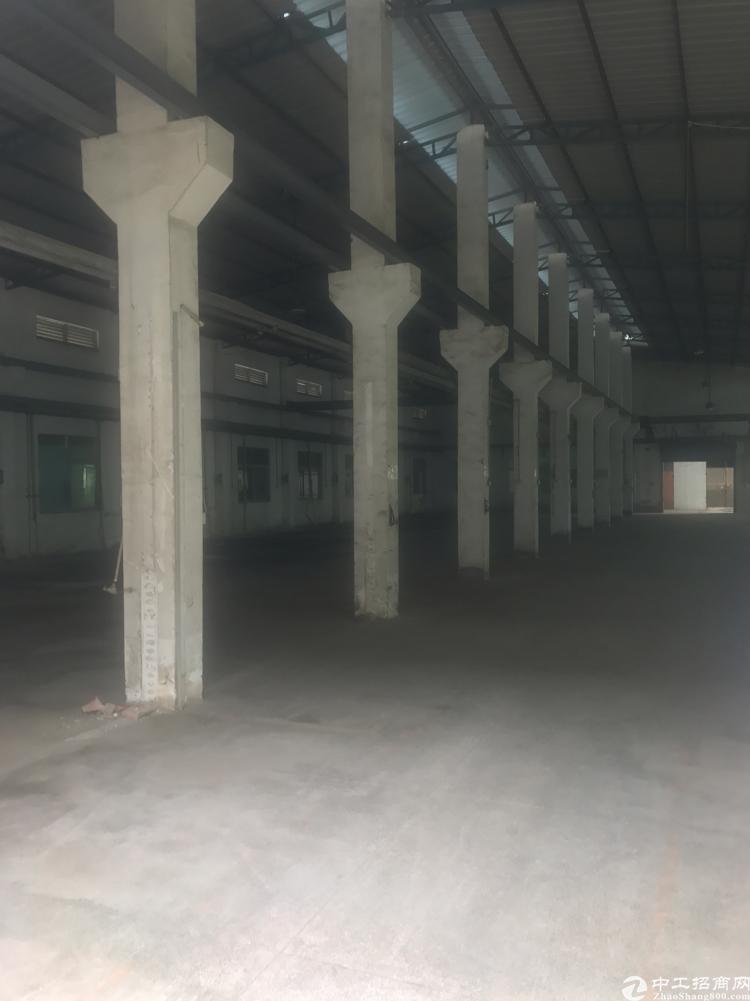 横岗带牛腿的钢构厂房现成行车电管够空地大价格25