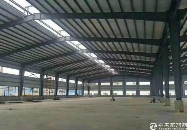钢构仓库厂房滴水9米证件齐全7000平出租