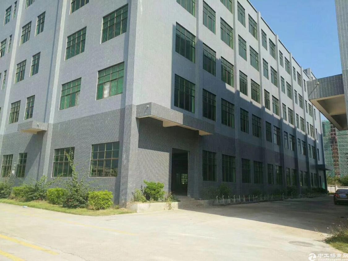 龙华区成熟工业区厂房二楼600平米出租