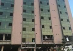惠城区商住楼出急售。