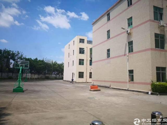 坪地六联新出独院厂房2栋3层7200平宿舍4000平电按需