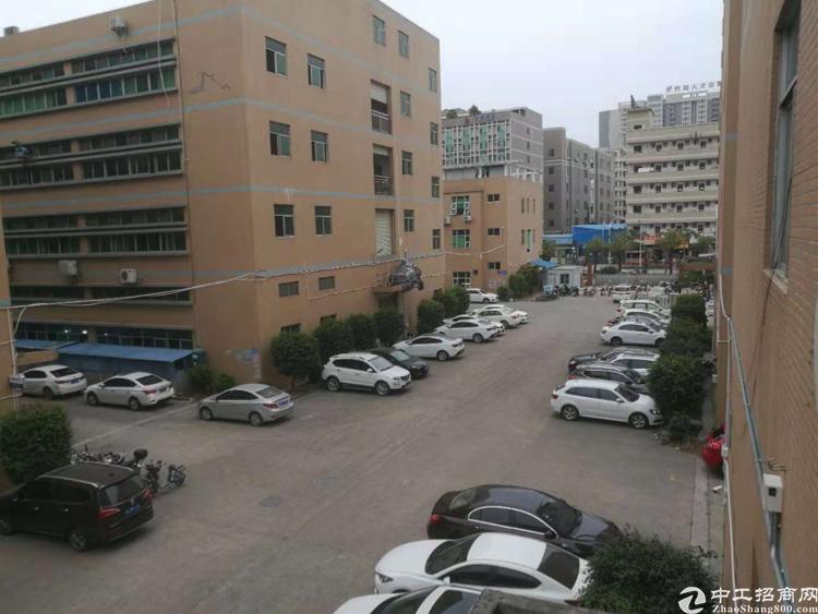 惠州仲恺高新区新出楼上3680平米厂房出租