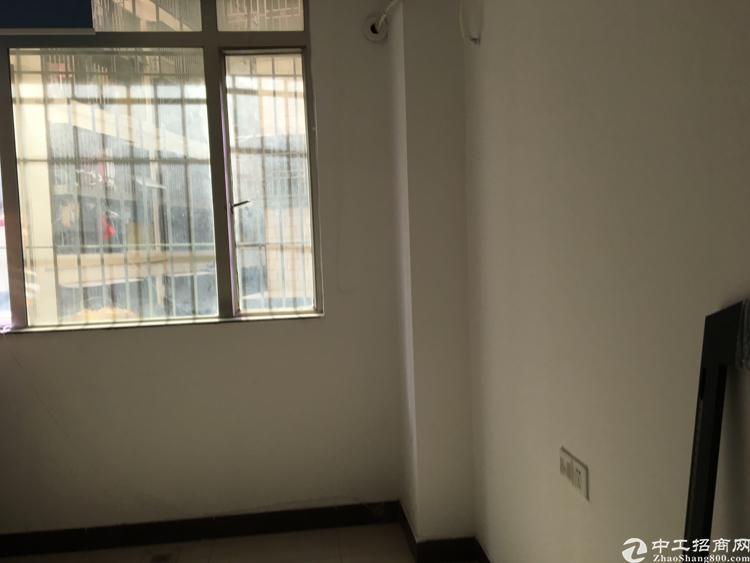 福永桥头精装修写字楼50平方,可注册