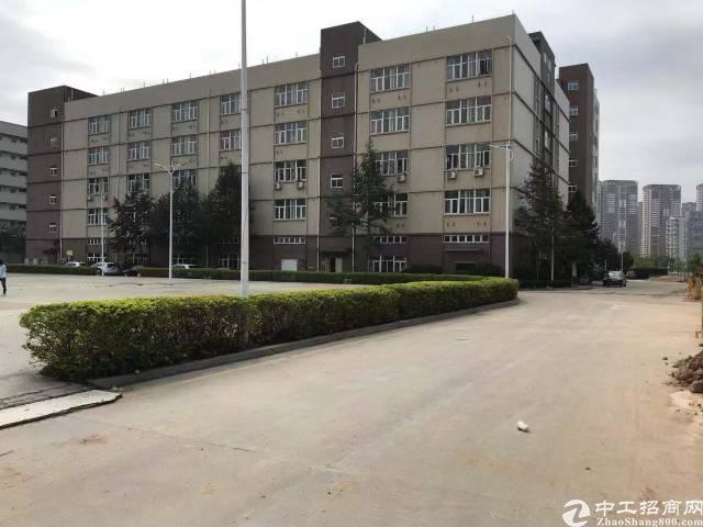 惠州市惠城区三栋数码园厂房岀售2800