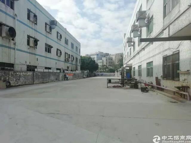 平湖新出楼上1000平米原房东厂房,面积实在无公摊-图2