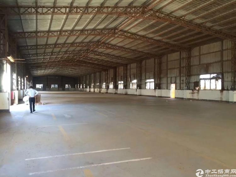 横岗安良独门独院钢构厂房1800平米原房东出租