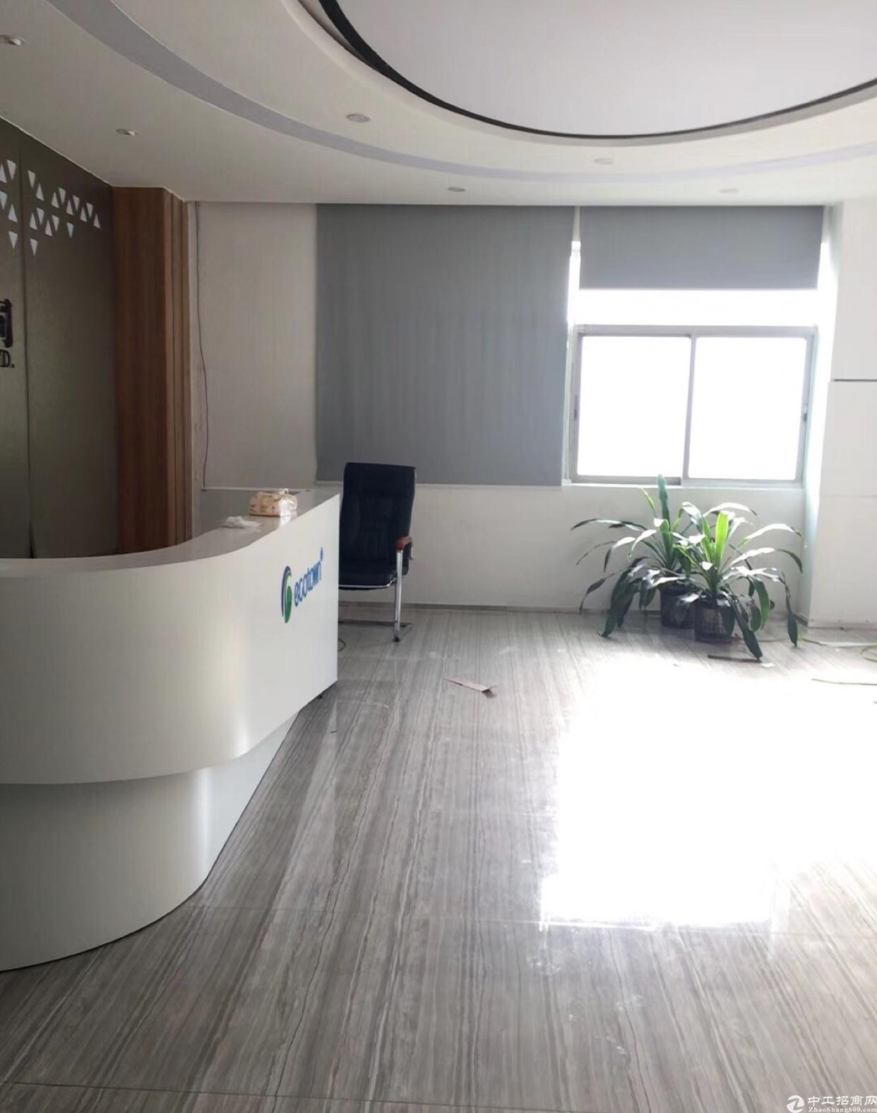 西乡固戍地铁站附近楼上1500平厂房招租