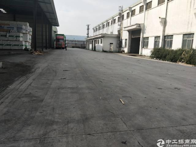 大岭山物流仓库13000平方有卸货平台