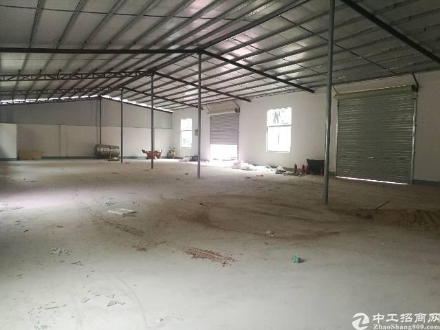 西乡九围新村一楼钢钩厂房550平米招租
